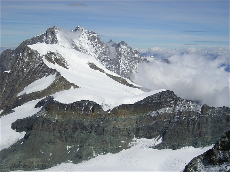 view from the Rimpfischhorn 4199m. Alphubel,Taschhorn, Dom,Nadelhorn, Lenzspitze, below Feekopf (Wallis 2004, Mischabel group)