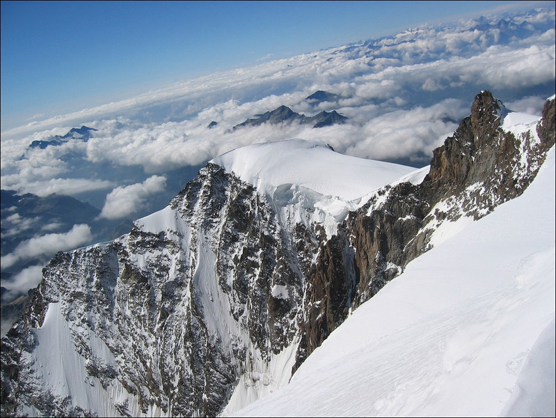 view during the ascent of the Parrotspitze 4432m. (Wallis 2004)