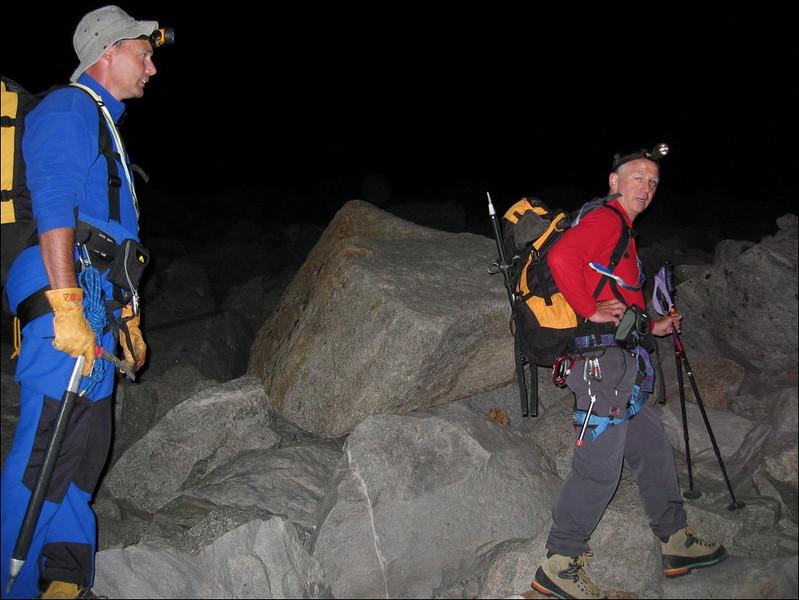 2 Sept. Monte Rosa hutte 2795m. -- Unter Plattje 2900m. -- Parrotspitze 4432m. (Wallis 2004)