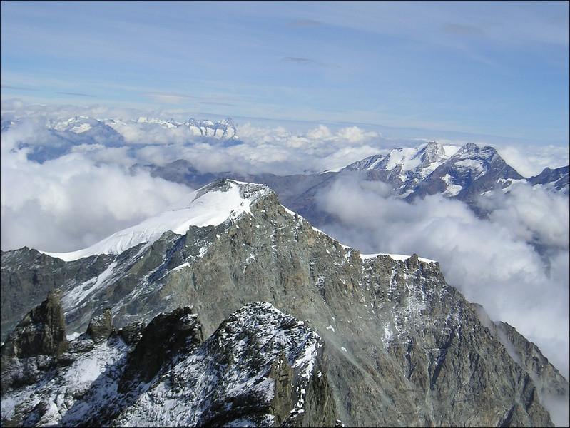 view from the Rimpfischhorn 4199m. Allalinhorn, Weissmies and in the background, Berner Oberland (Wallis 2004)