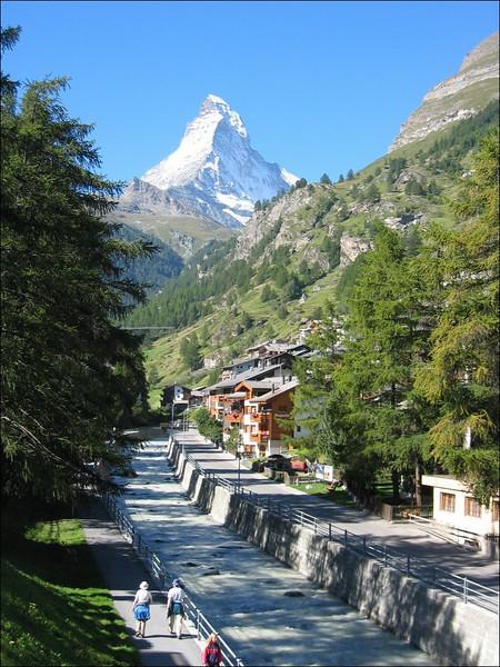31 Aug. - 1 Sept. Youht hostel, Zermatt (Wallis 2004)