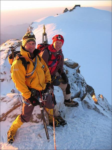 Zumsteinspitze 4563m. (Wallis 2004)