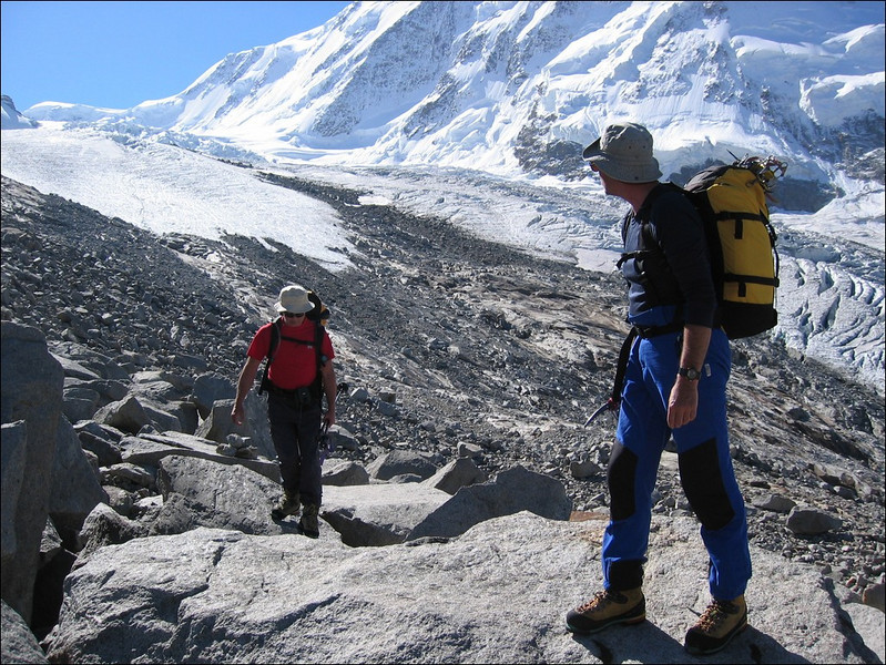 Monte Rosa -- Monte Rosa Hutte (Wallis 2004)