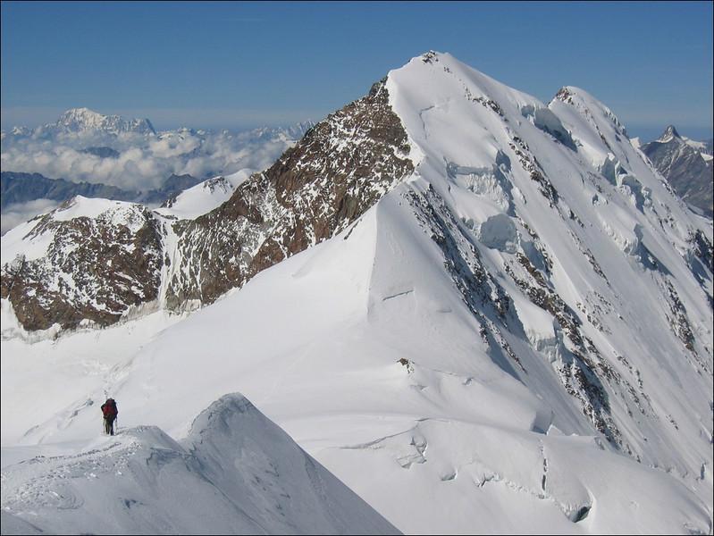 descent of the Parrotspitze 4432m. (Wallis 2004)
