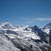 Zinalrothorn 4221m.Ober Gabelhorn 4063m. Besso 3668m. Dent Blanche 4357m.  (Wallis 2005  Zinal)