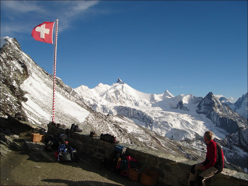 View from Cabane de Tracuit 3256m.to Zinalrothorn Obergabelhorn and Besso (Wallis 2005  Zinal)