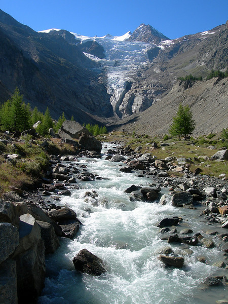 the Riedbach coming from the Riedglacier