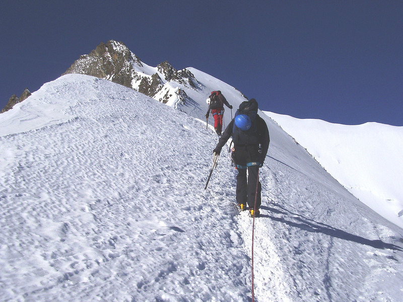 ascend Nadelhorn 4327m.