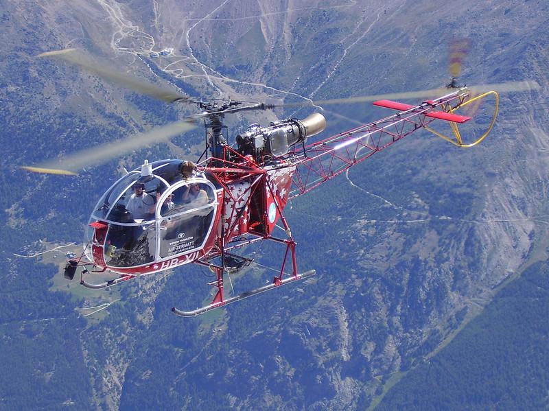 visitors flight Air Zermatt (summit Nadelhorn)