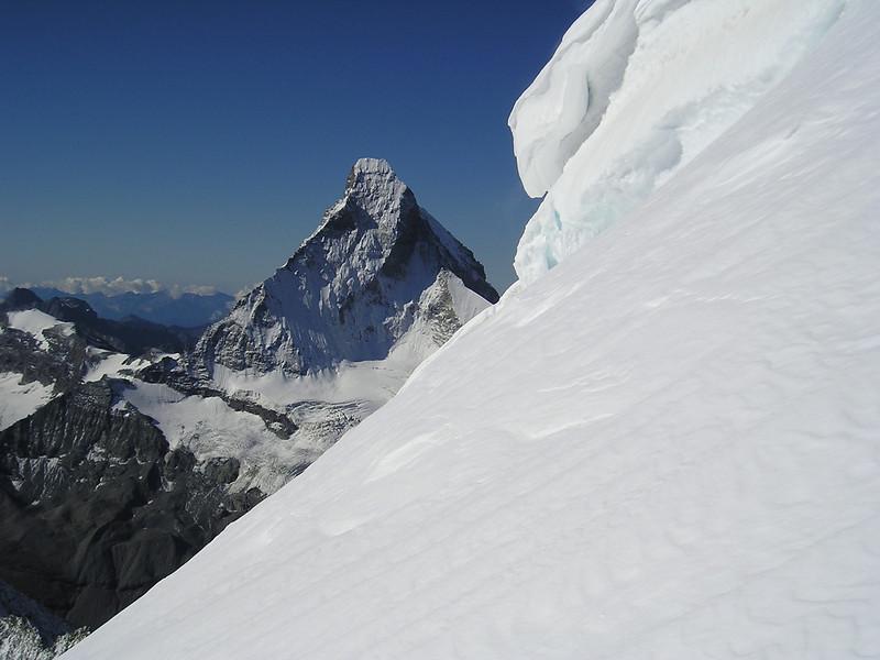 Matterhorn 4478m. and Wellenkuppe 3903m. (view)