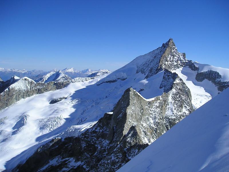 Zinalrothorn 4221m. (view)