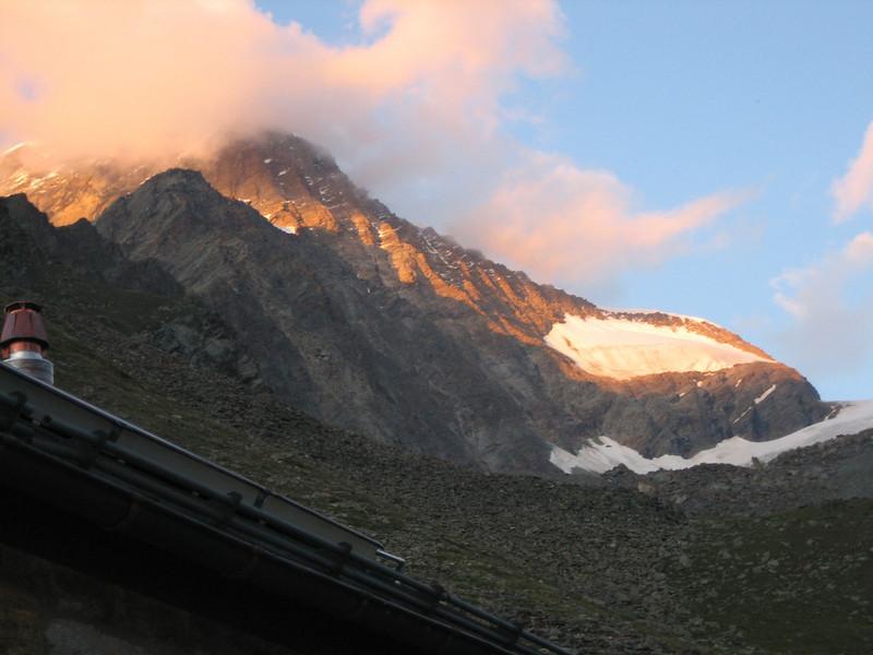 evening (Täsch hütte SAC 2701m.)