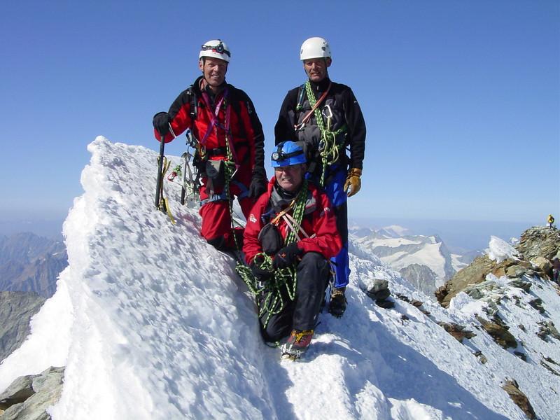 11.20h. AM, on the summit of the Matterhorn 4478 m. ( Matterhorn 4478m. Wallis 2009, Switzerland                               )