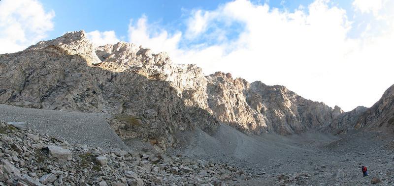 panorama of the ridge of the Schönbielhorn 3472m.  (Schönbielhorn 3472m. Wallis 2009 Switzerland )