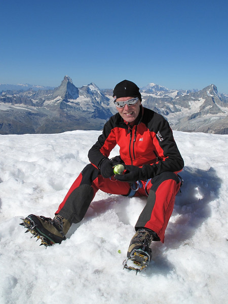 Marijn: I have also a bone to pick with you! (Alphubel, 4206m. Wallis 2009 Switzerland)