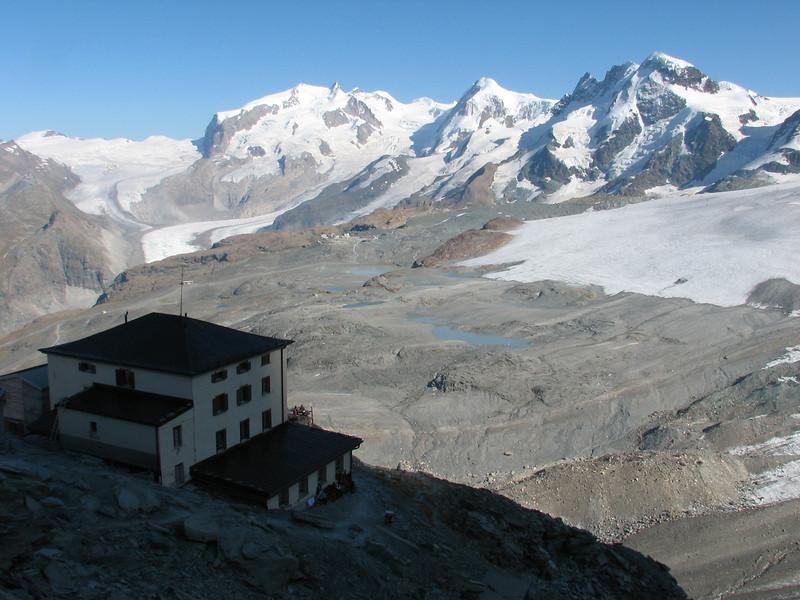 the Hörnli hütte 3260m. with the Breithorn, Pollux, Castor and Liskamm. ( Matterhorn 4478m. Wallis 2009, Switzerland)