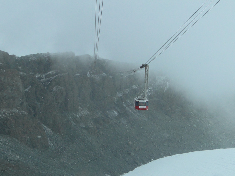 fog and wind, the end of our mountaineering-trip. back with the cable car Klein Matterhorn 3817m - Zermatt 1650m