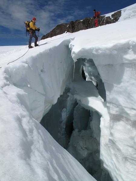 glacier crevasses route Castor 4226m - Klein Matterhorn 3817m