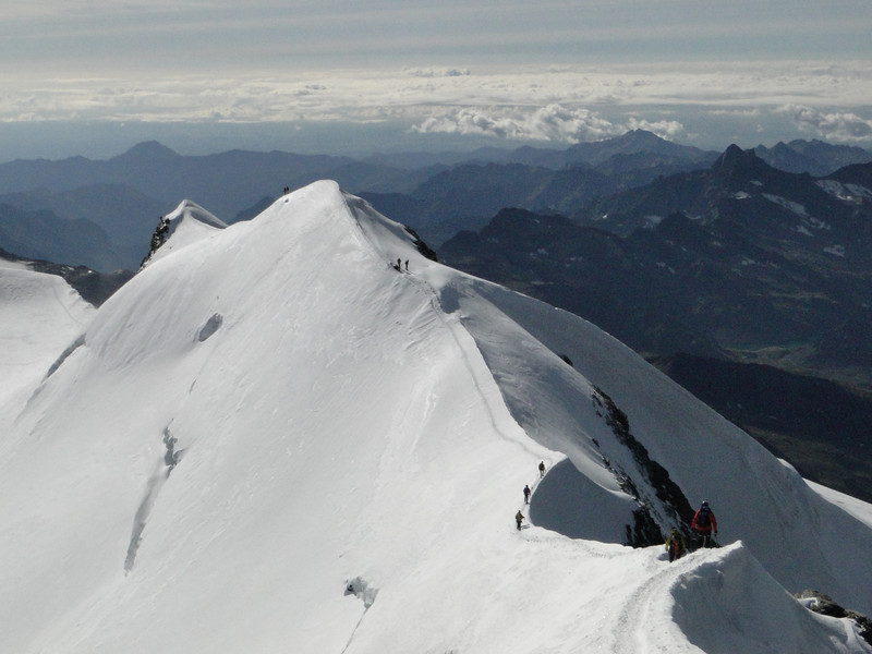 SE ridge of the Castor 4223m.