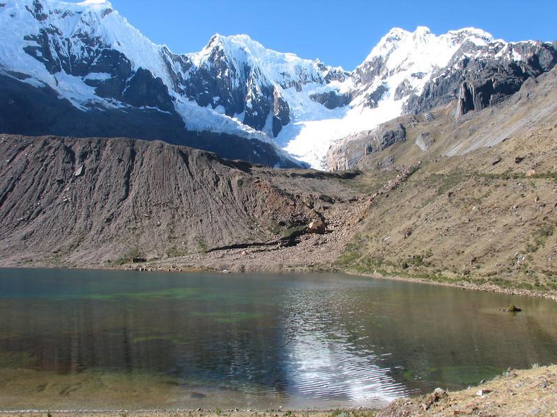 Safuna lakes (Peru 2009, Safuna 4150m. - Lakes Safuna - Mesapata pass 4460m - underneath Gara Gara pass 4550m. Cordillera Blanca)