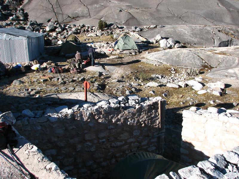 Campground 10, Lago Cullicocha 4628m (Peru 2009, Lake Cullicocha 4628m. Cordillera Blanca)