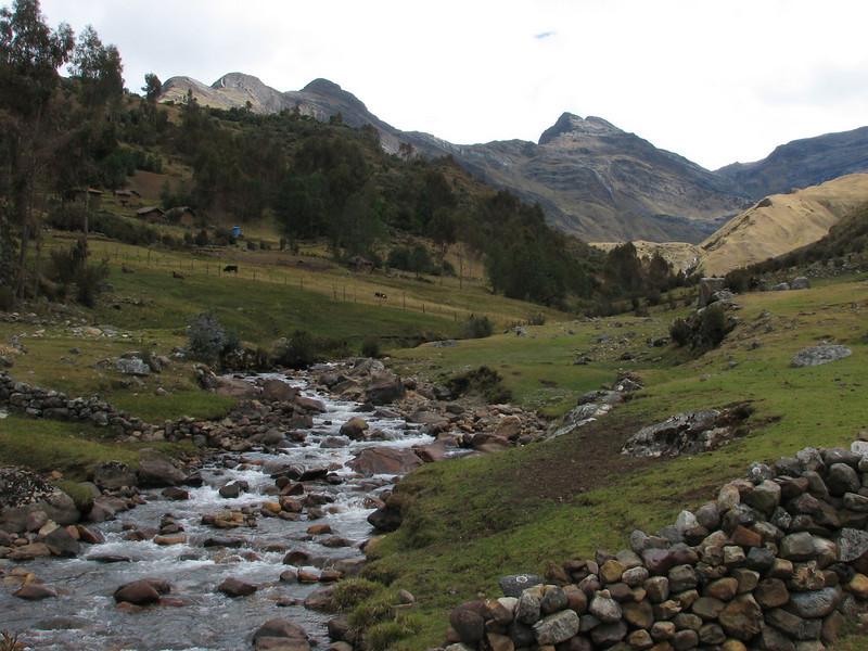 valley with farmer-land (Peru 2009 Tuctupampa 4100m.- Alto de Pucaraju 4650m - Ingenio 4125m. Cordillera Blanca)