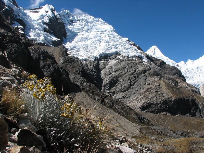 the first view on the W side of the Alpamayo 5947m. (Peru 2009, Lake Cullicocha 4628m. - Calamina 3950m. Cordillera Blanca)