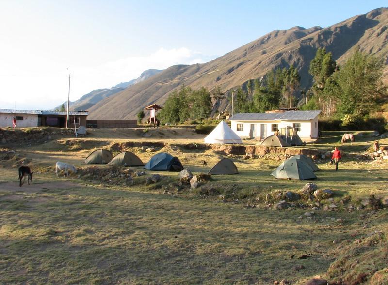Campground 11, Calamina 3950m. (Peru 2009, Calamina 3950m. Cordillera Blanca)