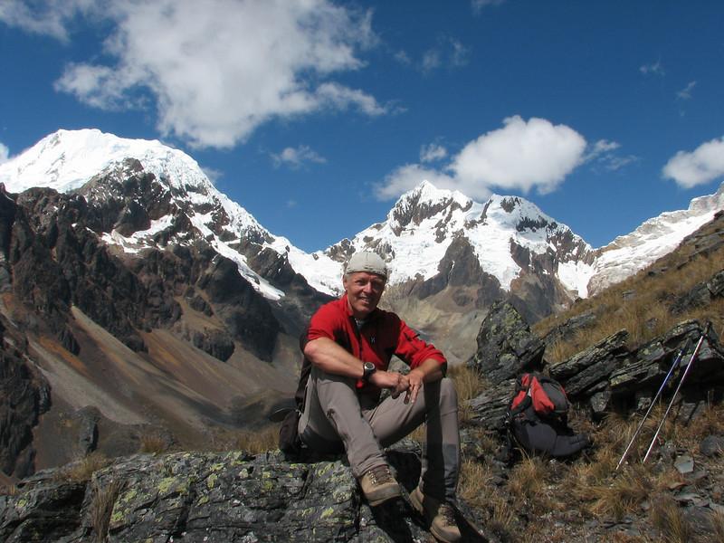 Alpamayo viewpoint  /- 5000m. (Peru 2009, Jancarurish 4250m. Cordillera Blanca)
