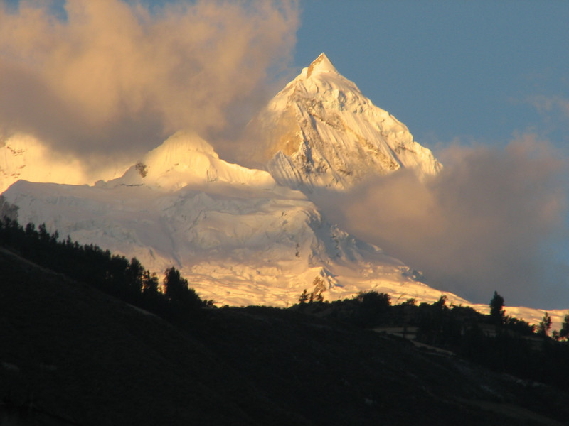 the Huandoy 5840m. in the evening (Peru 2009, Caraz 2290m. Cordillera Blanca)