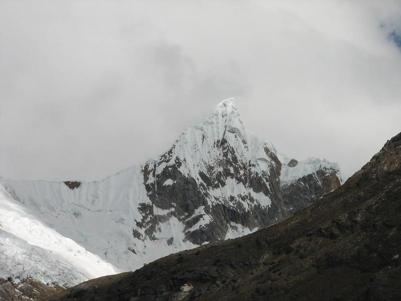?? (Peru 2009, Llamacoral 3750m. - Taullipampa 4150m. Cordillera Blanca)
