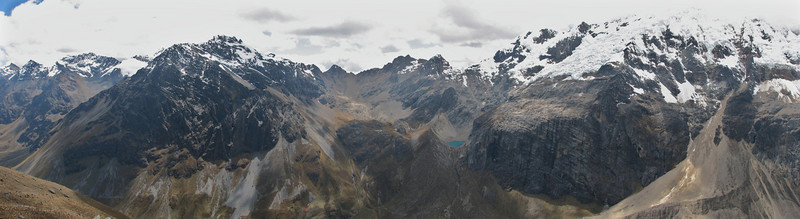 panoramaview  from Alpamayo viewpoint  (Peru 2009, Jancarurish 4250m. Cordillera Blanca)