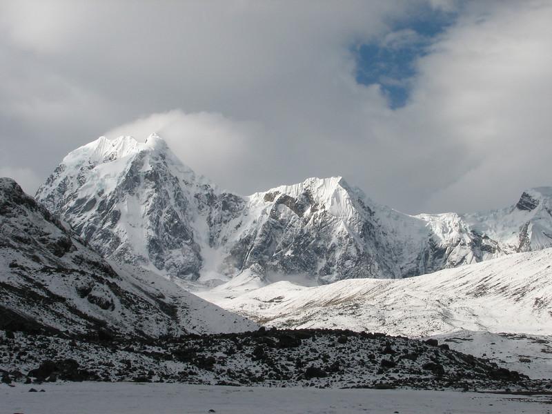view from Campground 4, on Nevado Colqur Cruz (Peru 2009, Teclla cocha 4800m. Ausangate)