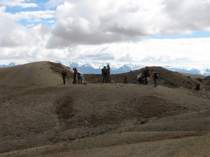 view from the Arapapass 4770m on the Auzangate mountains (Peru 2009, Upispampa- Arapapass 4770m - Auzangate pass 4870m - Auzangatecocha 4670m. Ausangate)