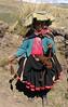 spinning alpaca-wool (Peru 2009, Tinqui 3900m - Upispampa 4450m. Auzangate)
