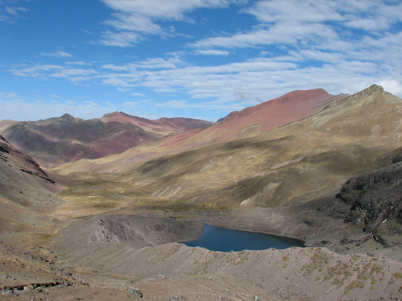 red mountains (Peru 2009, Auzangatecocha 4670m - Palomapass 5130m - Cerro Puca Punta 4480m - Teclla cocha 4800m. Ausangate)
