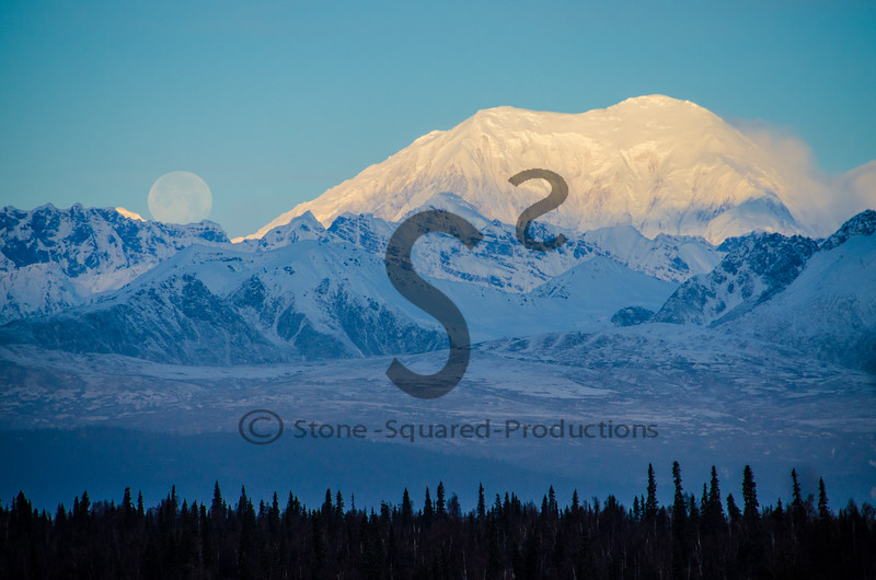 Foraker Moonset
