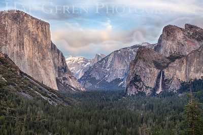 Yosemite Valley from Tunnel View Yosemite, California 1302Y-TVH1