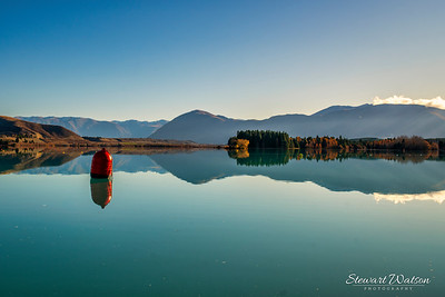 lake Ruataniwha  mountain reflections