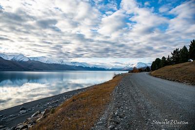 Lake Pukaki gravel road