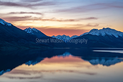 Lake Wanaka after sunset