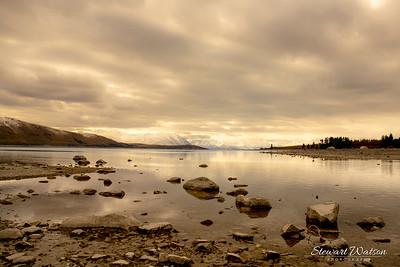 Lake Tekapo rocky fore shore