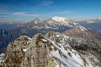 Panorama sulle Grigne dalla cima del Resegone