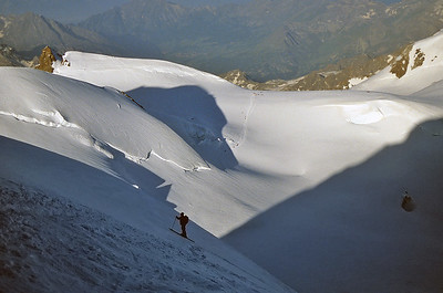 Climbing Punta Gniffetti (4.554m), Monte Rosa