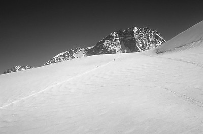 Approaching the Lys Col, 4.151m, Monte Rosa,