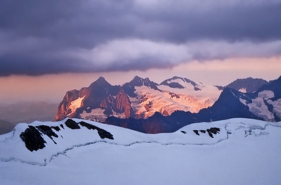 Wetterhorn, Mittelhorn e Rosenhorn from Mönchsjochhütte, Switzerland