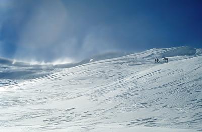 Wind storm on the final ridge of Strahlhorn (4.190m), Valais, Switzerland
