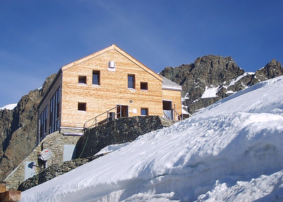 The Marco e Rosa hut (3.609m) at Piz Bernina, Italy