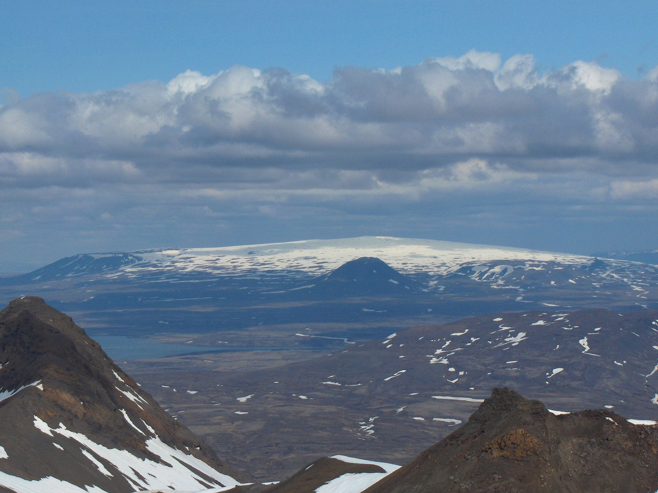 Ok viewed from Syðsta-Súla, Fanntófell in the centre of the picture.