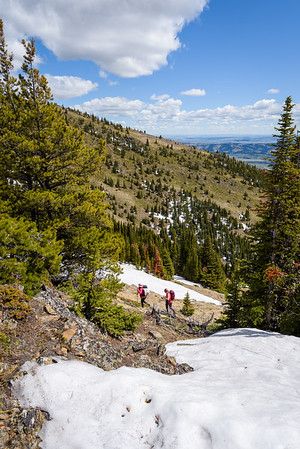 Goga and Natasha take the lower trail to circumvent the ridge.